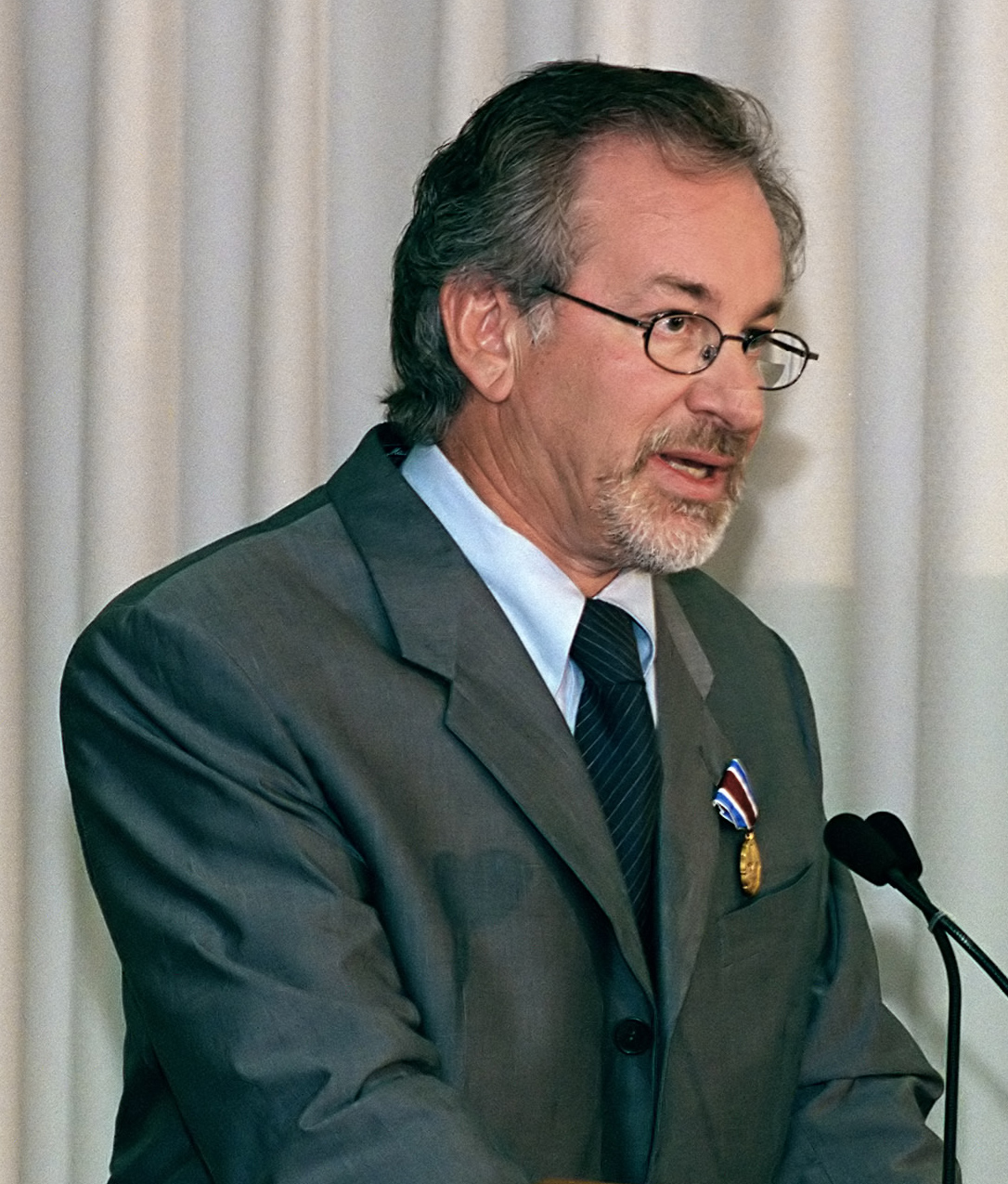 Director Stephen Spielberg speaking at the Pen...