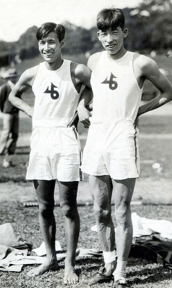Sueo Ōe and Shuhei Nishida 1930.jpg