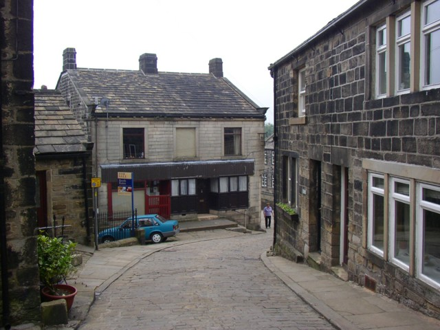 Towngate, Heptonstall - geograph.org.uk - 193524
