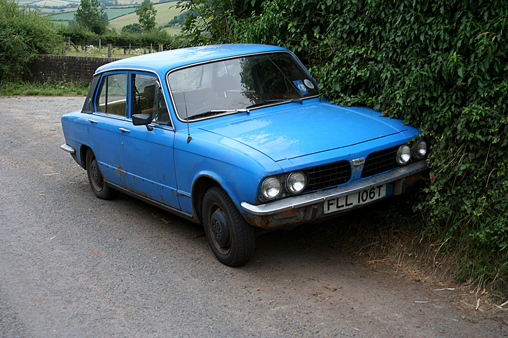 File Triumph Dolomite 1500HL on new bmw engines