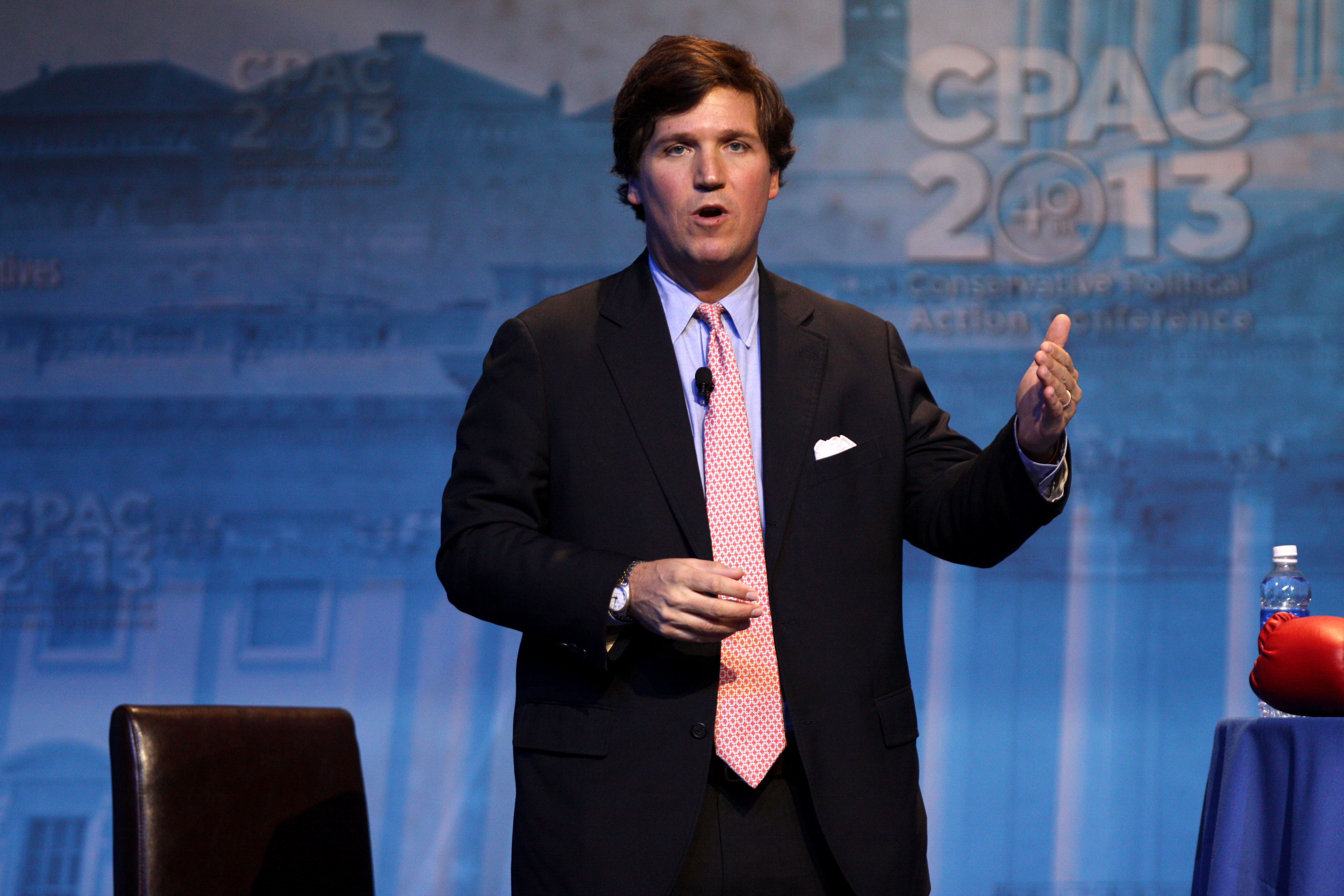Tucker Carlson speaking at the 2013 Conservative Political Action Conference (CPAC) in National Harbor, Maryland