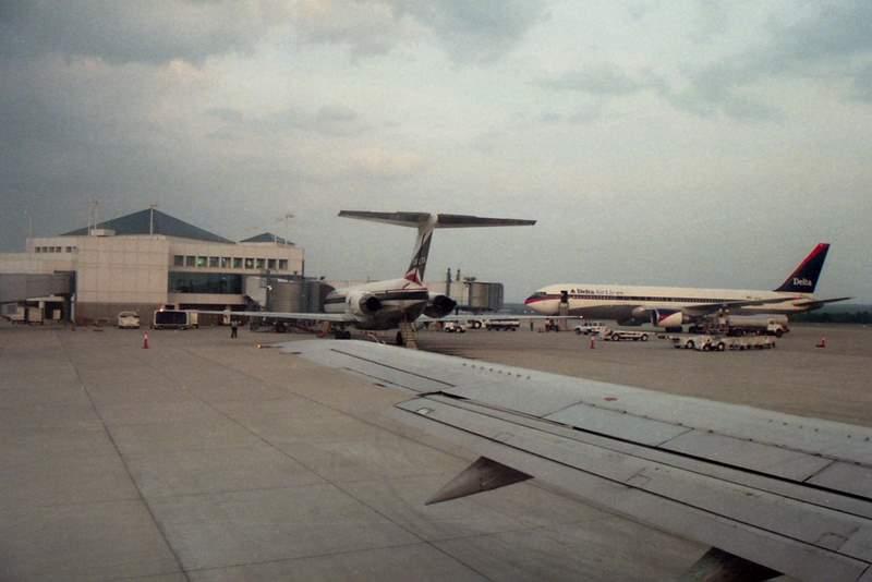 Vé máy bay giá rẻ đi Columbia Metropolitan Hoa Kỳ