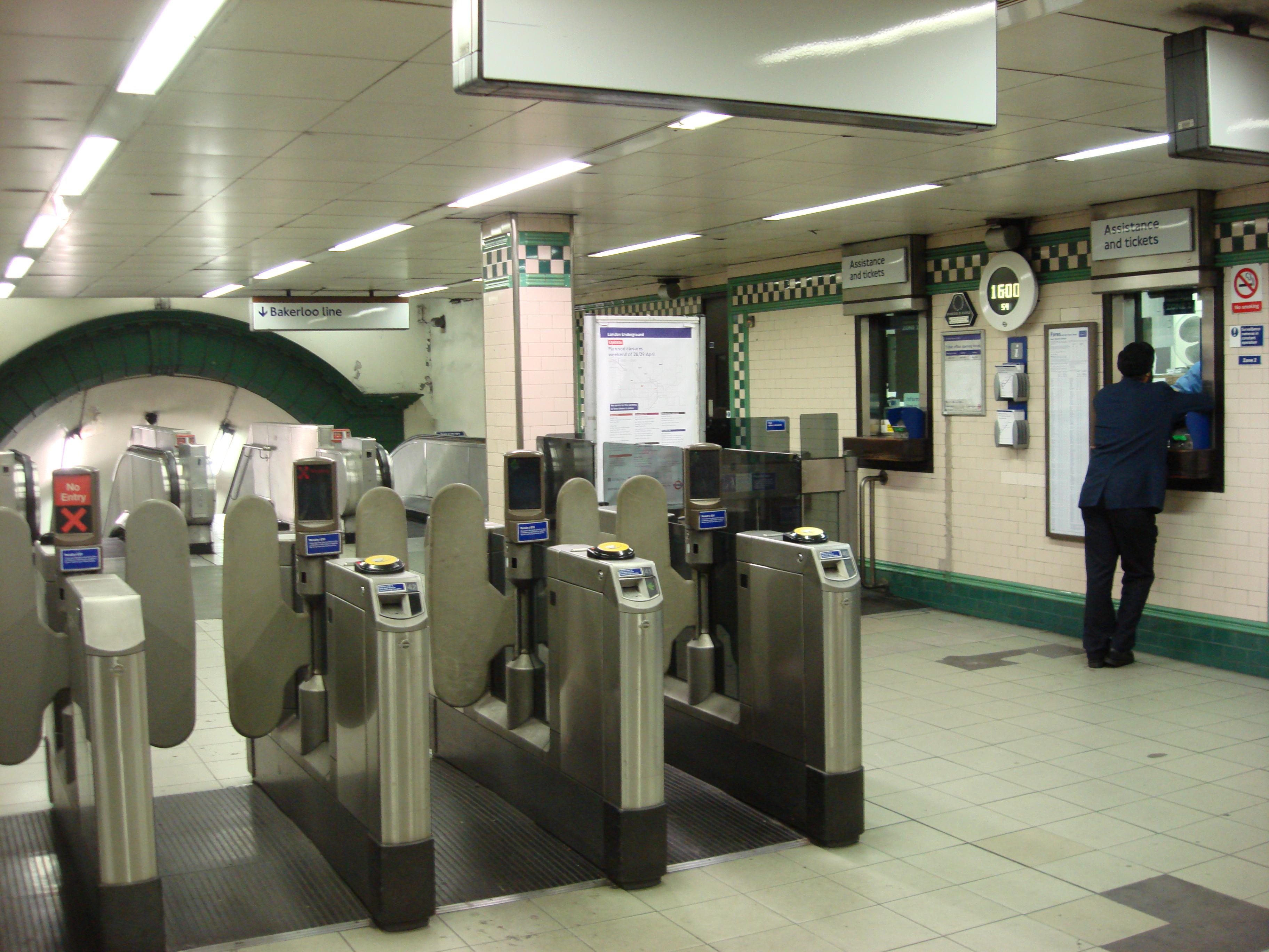 tube office. File:Warwick Avenue Tube Ticket Office.jpg Office