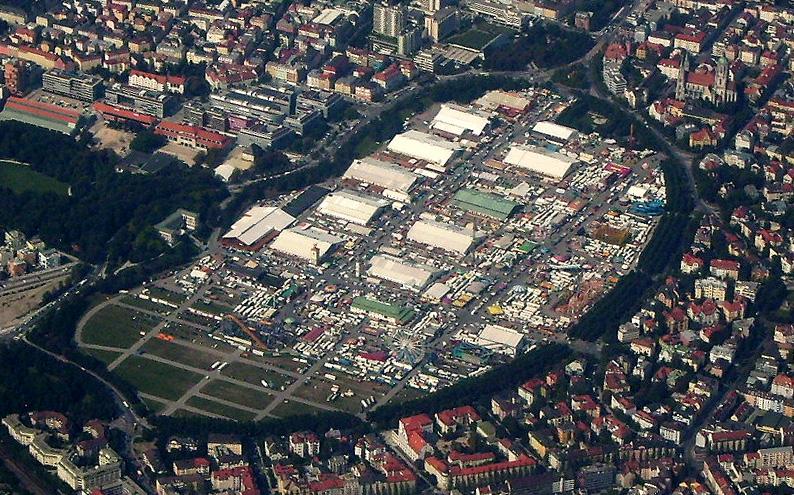 File:Wiesn2006 Luftaufnahme.jpg
