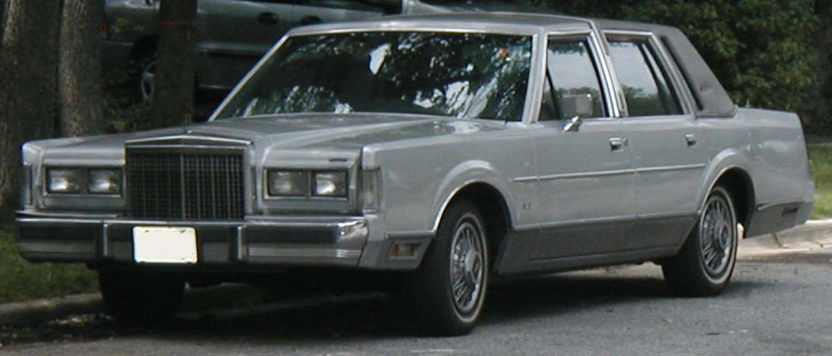 File 1985 Lincoln Town Car Jpg Wikipedia