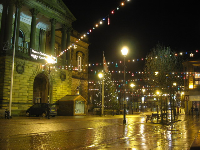 Accrington Town Hall at night - geograph.org.uk - 888198