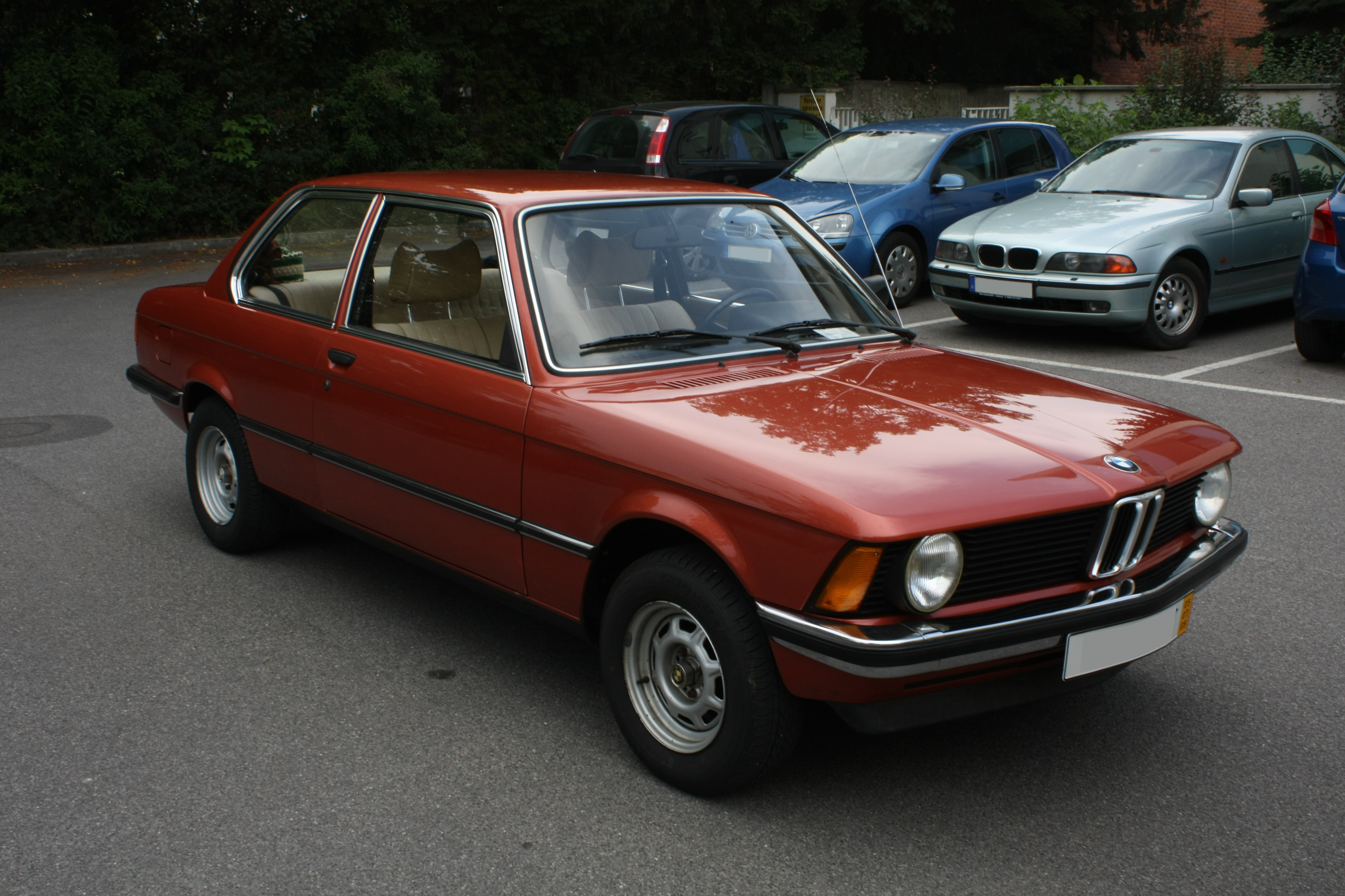 File Bmw E21 Front Jpg Wikimedia Commons