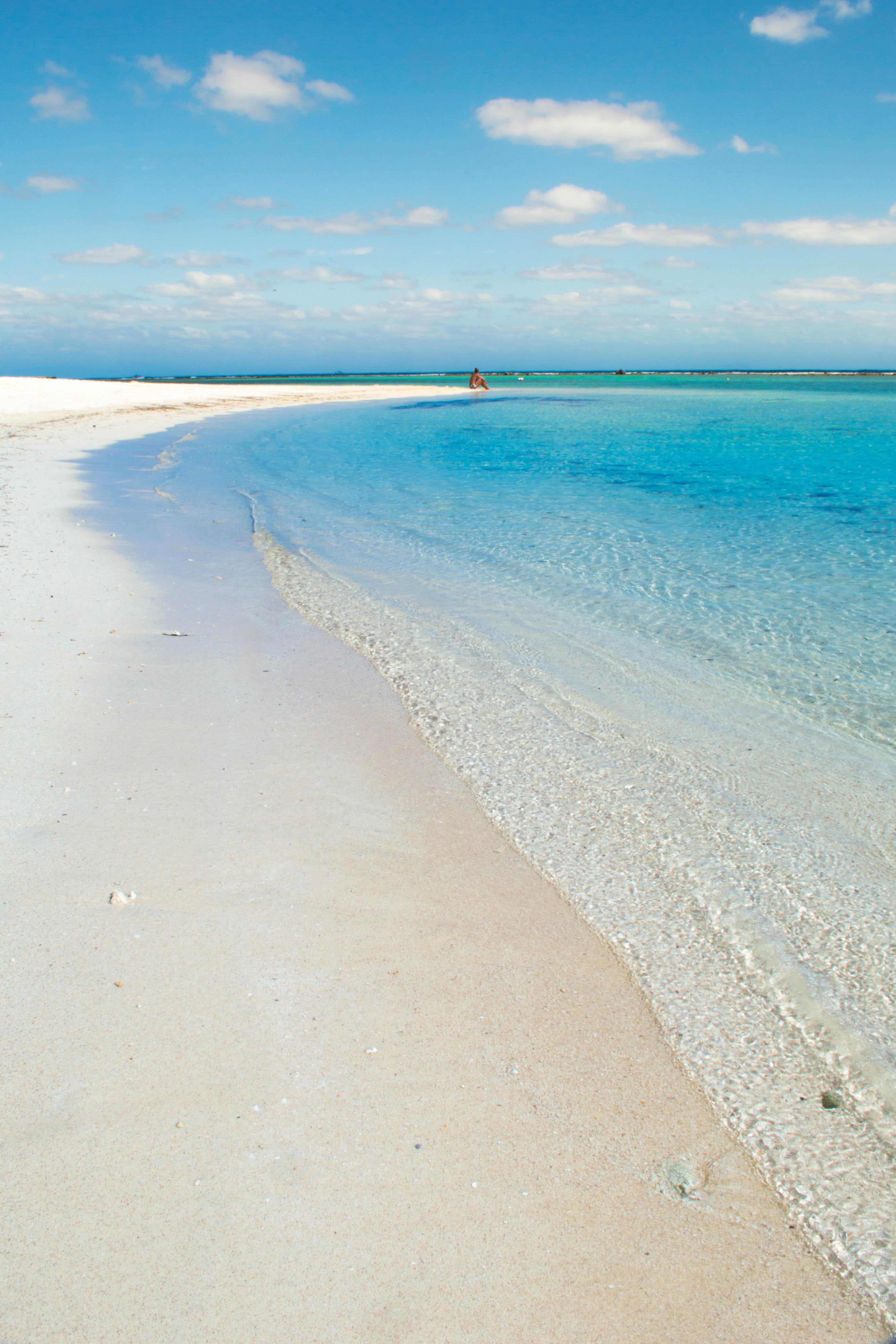 File:BlueKay Beach En Mahahual, Mexico (http-www