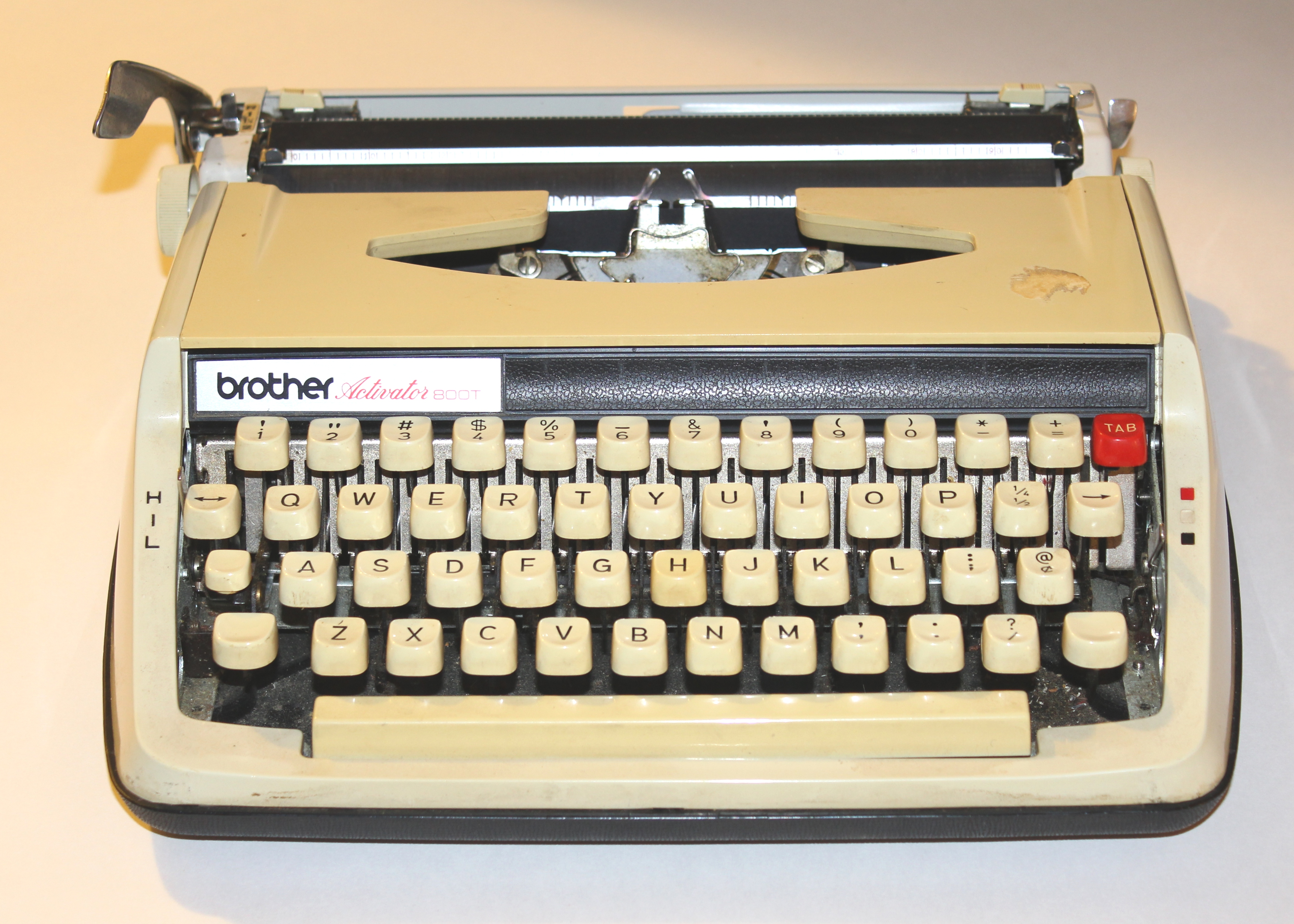 file brother activator 800t portable manual typewriter jpg rh commons wikimedia org brother typewriter manual gx-6750 brother typewriter manual ml 100