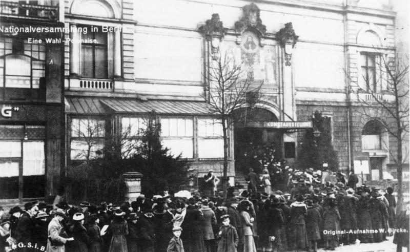 Bundesarchiv Bild 183-18594-0052, Wahl zur Nationalversammlung, Berlin