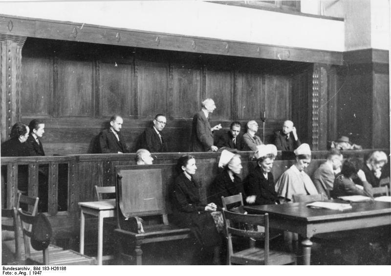 Ärzteprozess in Dresden; vor Gericht stehen auch mehrere Pflegerinnen
