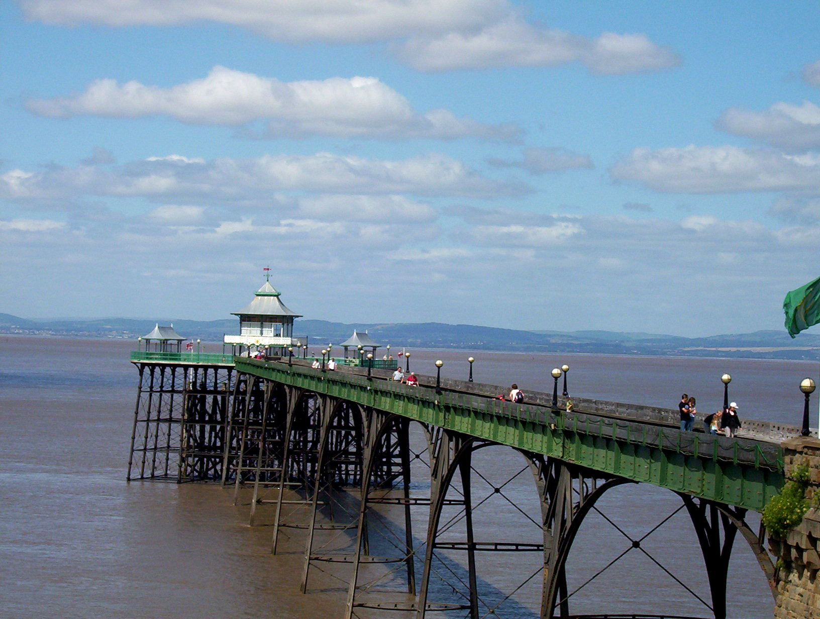 File Clevedon Victorian Pier Jpg Wikimedia Commons