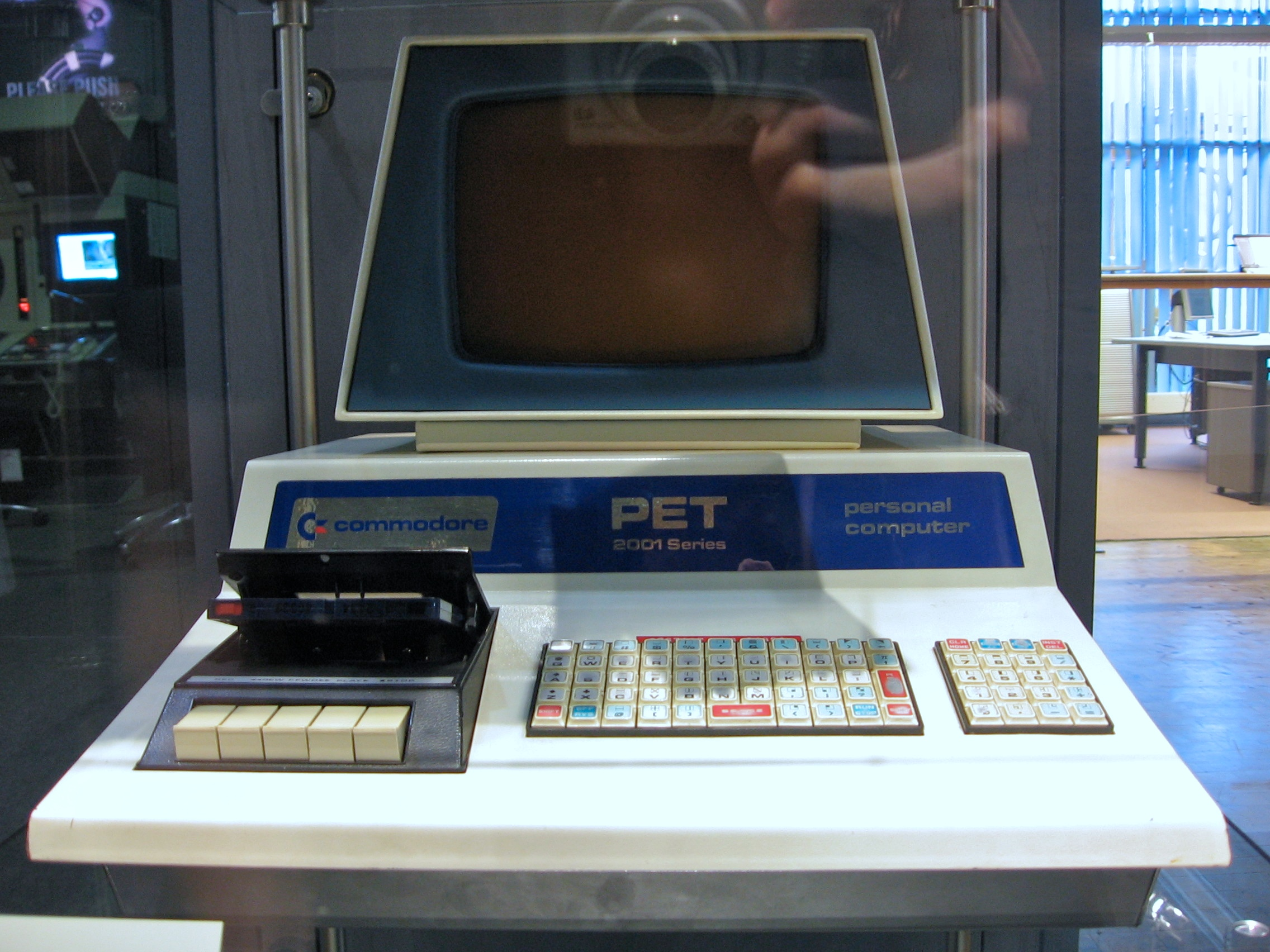 File:Commodore PET 2001 2.jpg - Wikimedia Commons