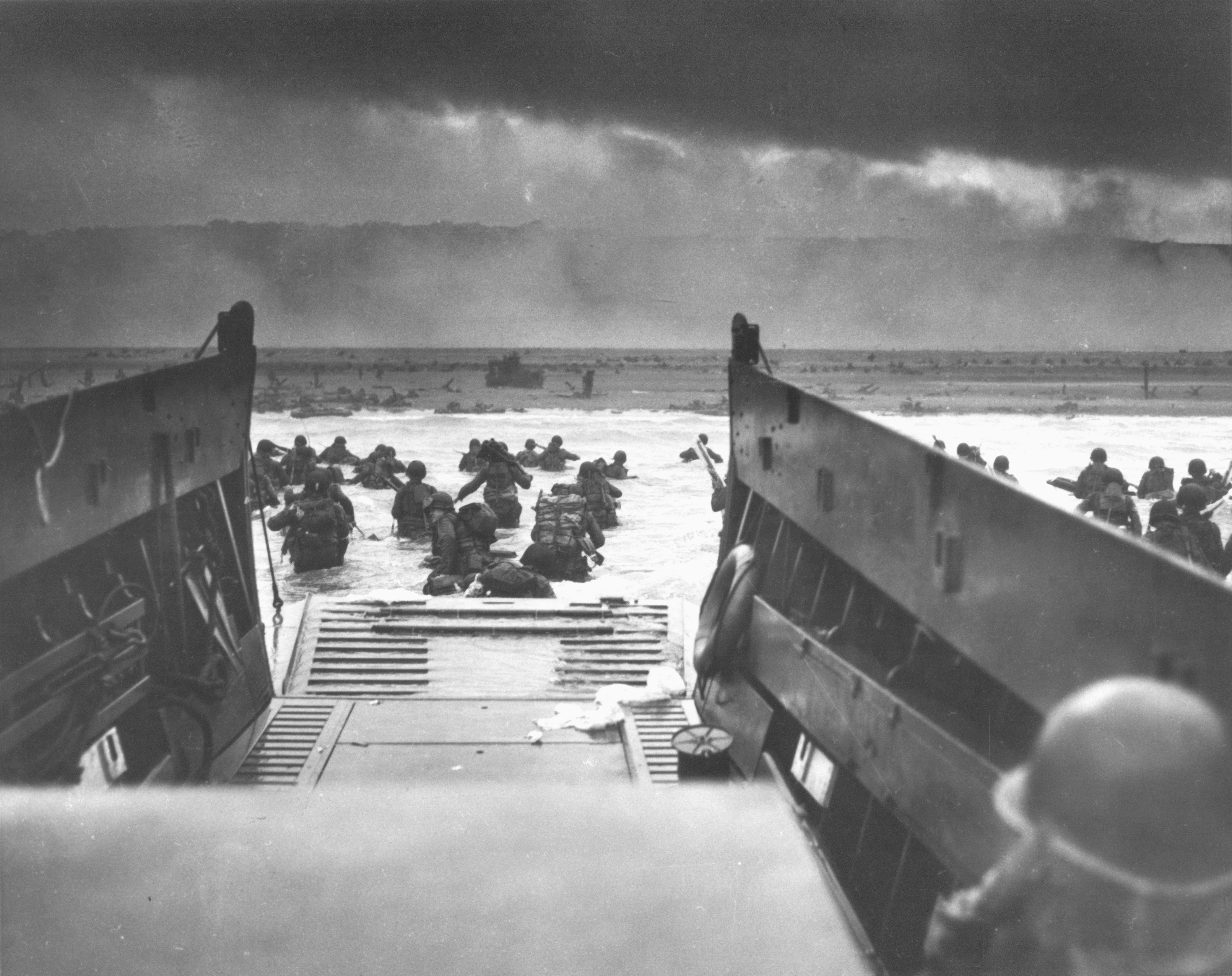 File:D-day Normandy Nara 26-G-2343.jpg