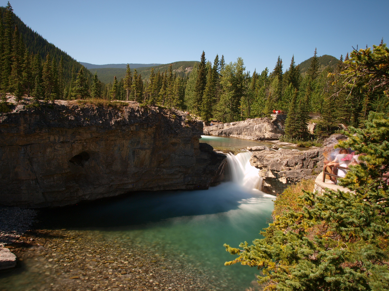 File:Elbow Falls - Kananaskis Country - Alberta Canada ...