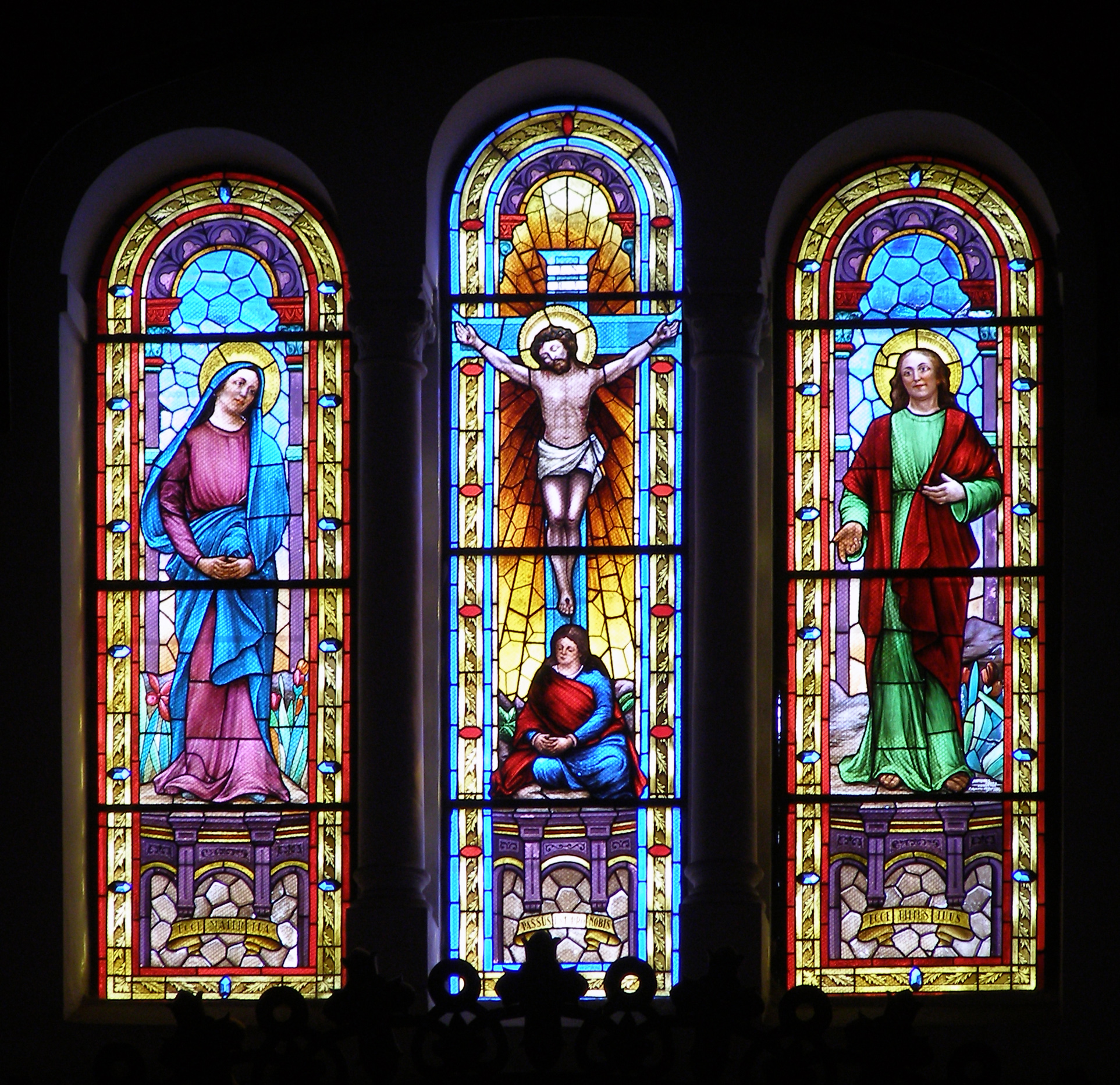 #05A1C6 File:Espinho vitral.jpg Wikimedia Commons 222 Janelas De Vidro Para Igrejas
