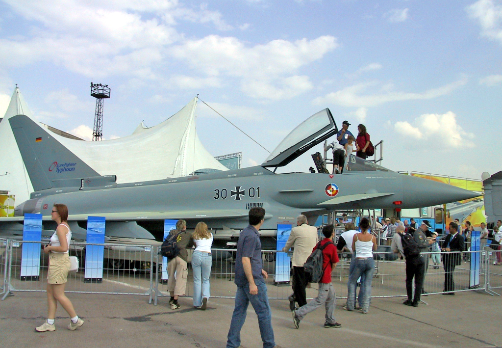 AeroFadem Festung 100 Eurofighter_Typhoon_-_ILA2002