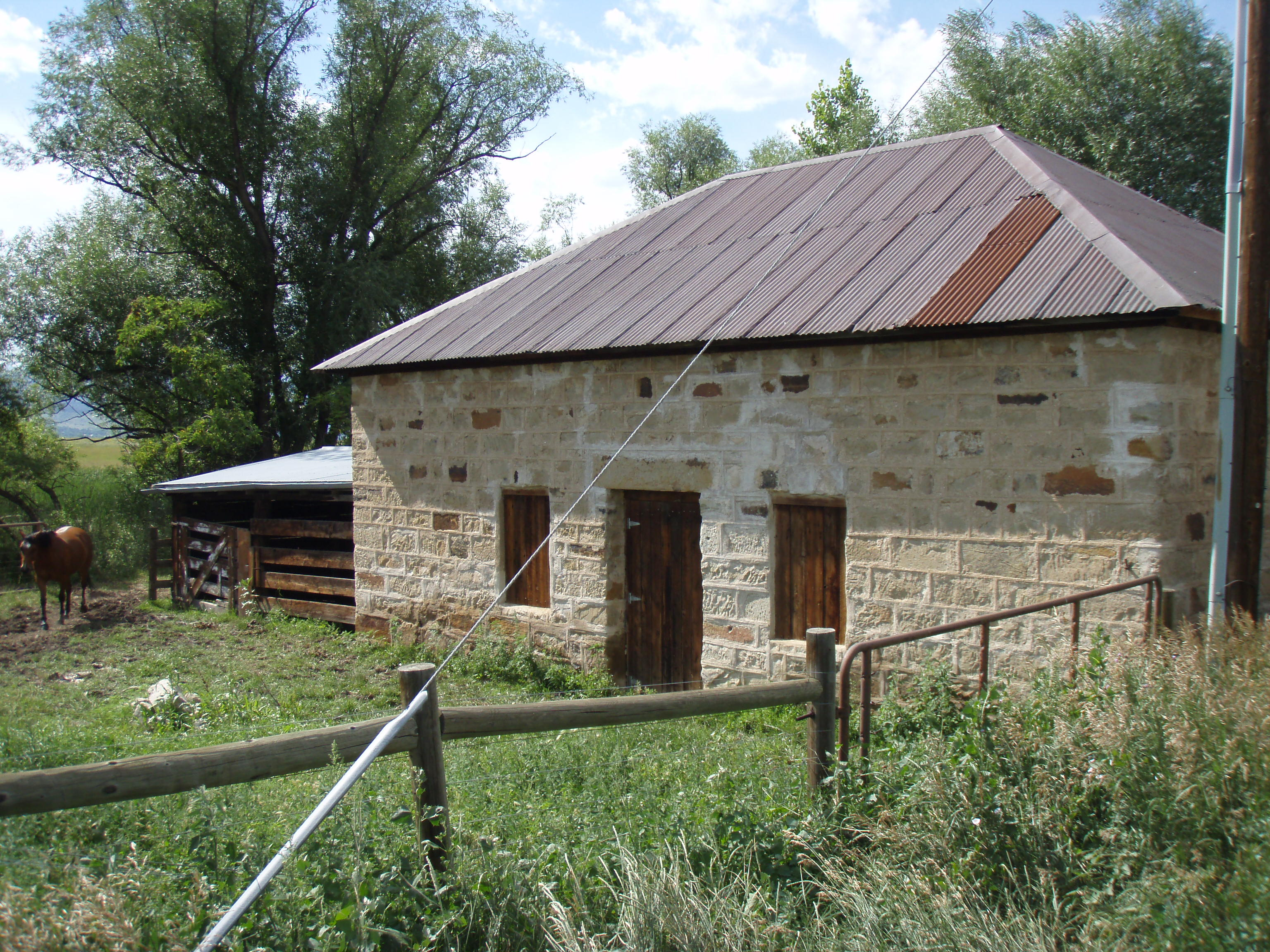 File Fox Stone Barn 3 Jpg Wikimedia Commons