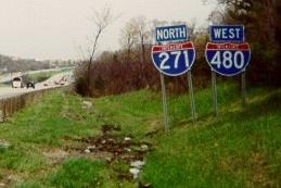 I-271/I-480 north of the Broadway/Forbes interchange in 2002