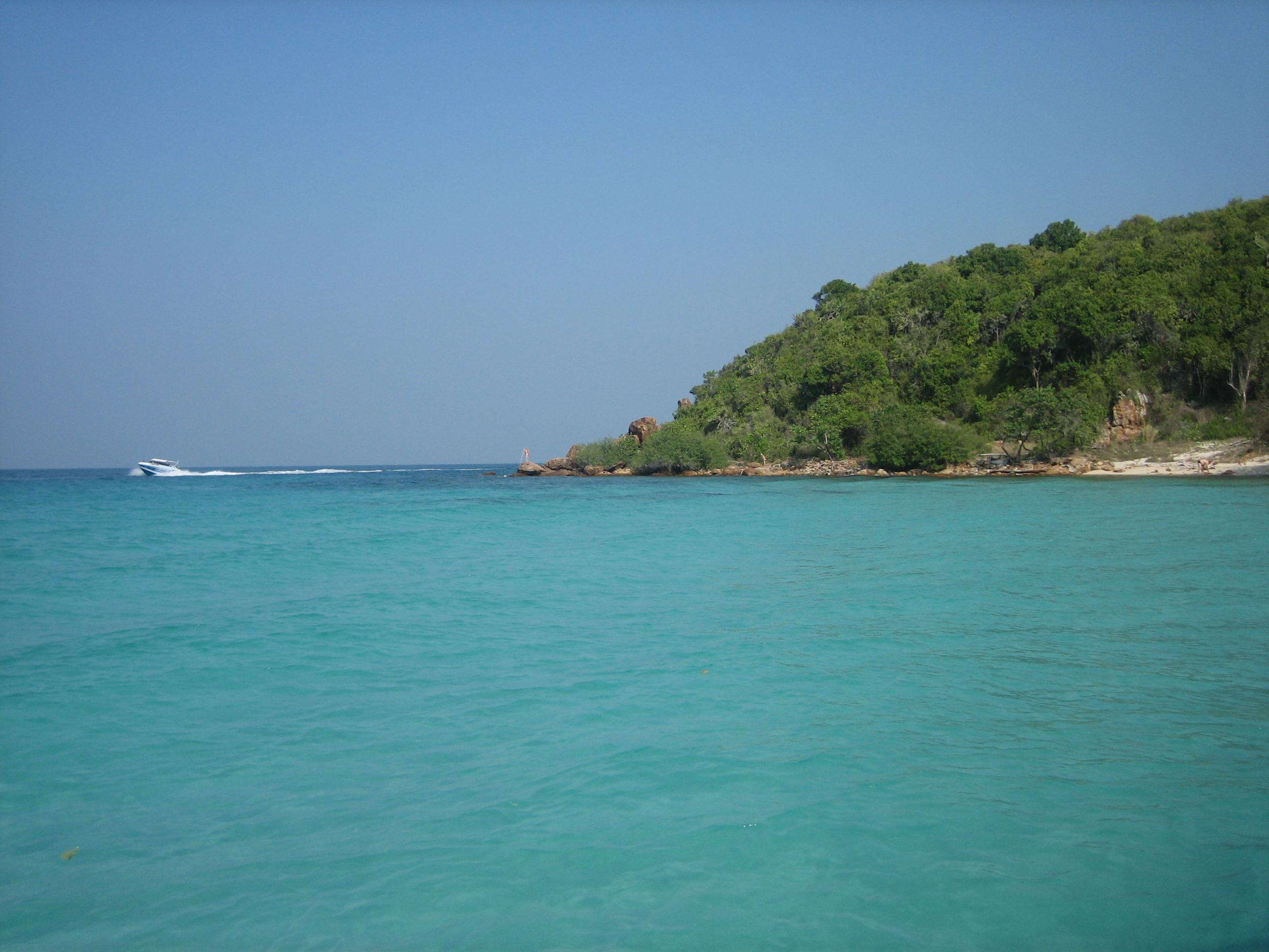 File:Ile de Koh Larn (Ile de corail).jpg - Wikimedia Commons