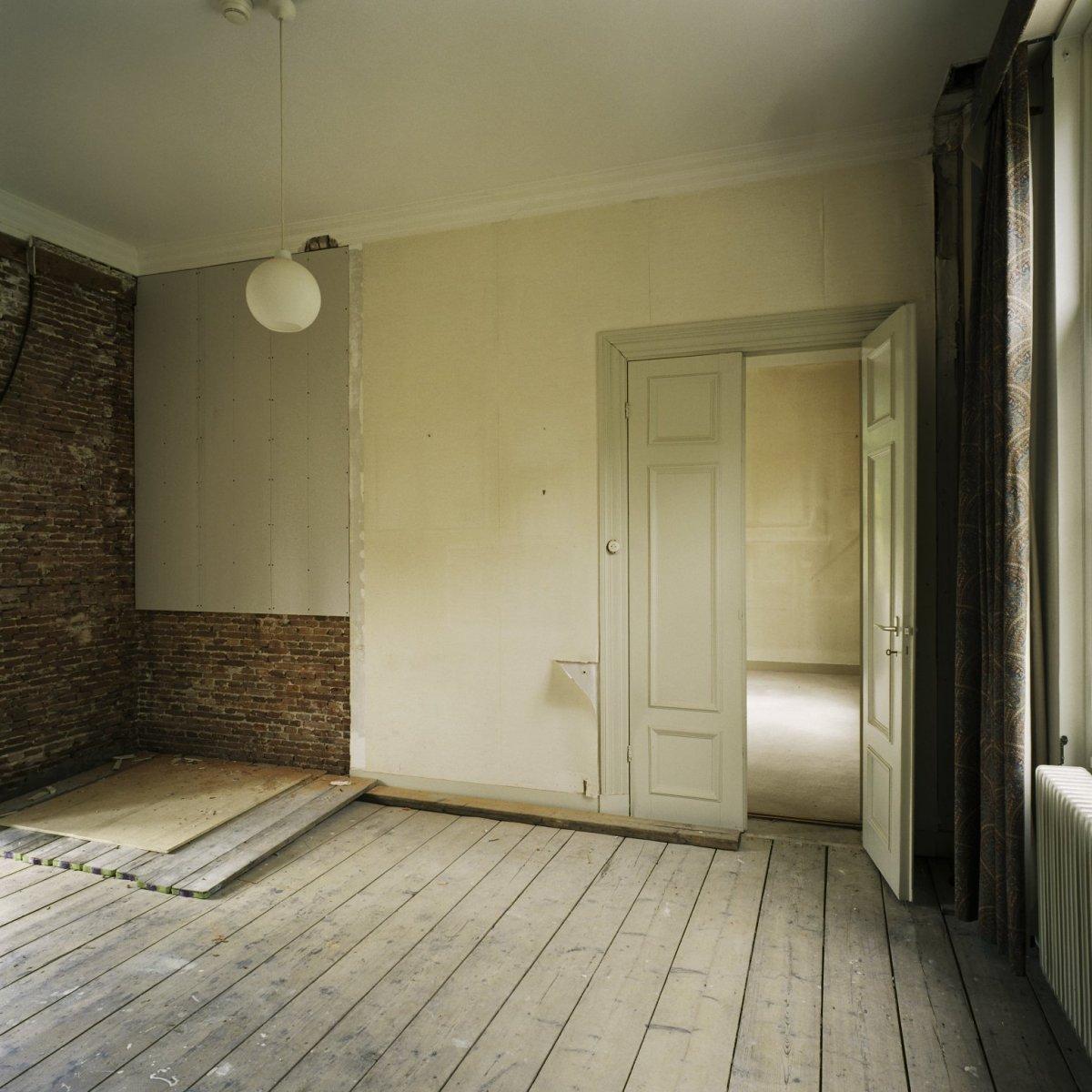 File interieur overzicht van de kamer van de secretarie for Kamer interieur