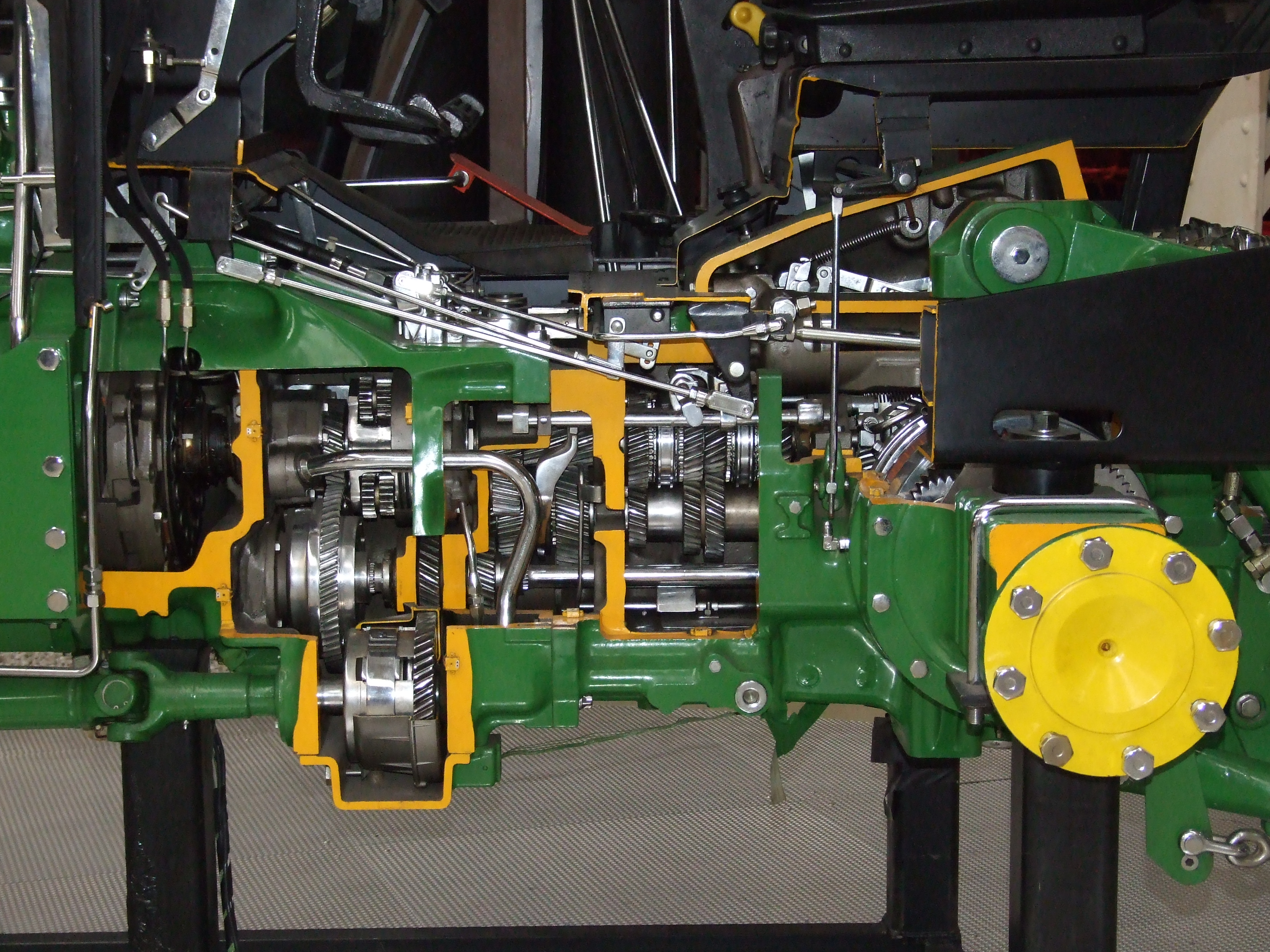 Cutaway of a John Deere 3350 tractor transmission with 16
