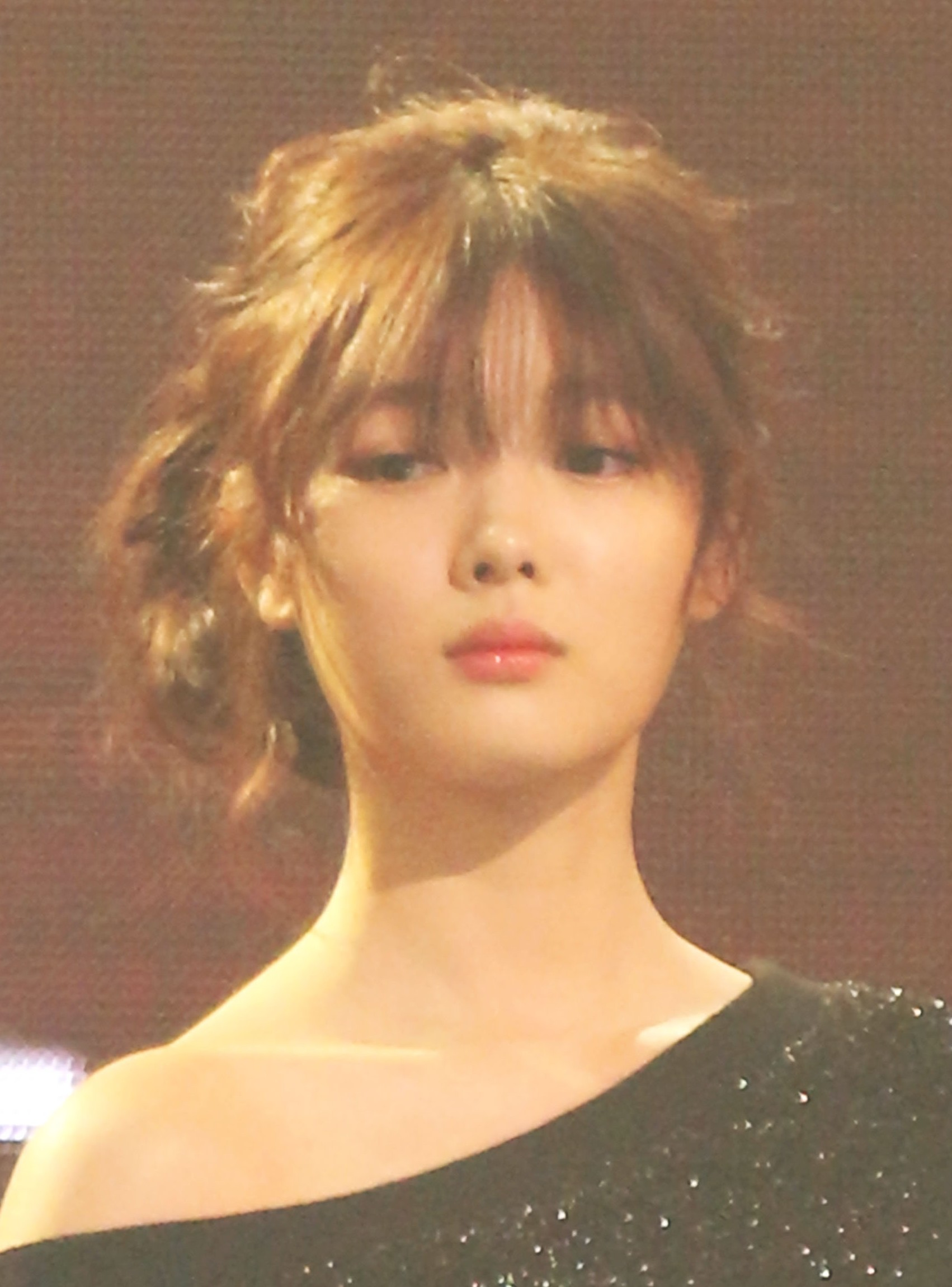 file kim yoo jung at asia artist awards 16 november 2016 02 jpg
