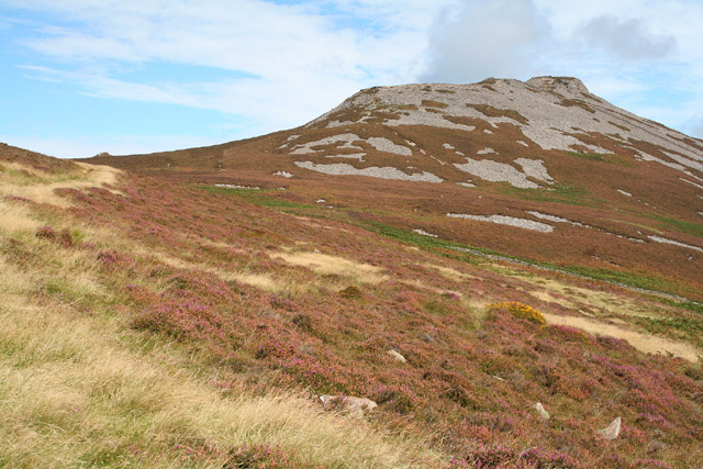 Llanaelhaearn, towards Tre'r Ceiri - geograph.org.uk - 55485