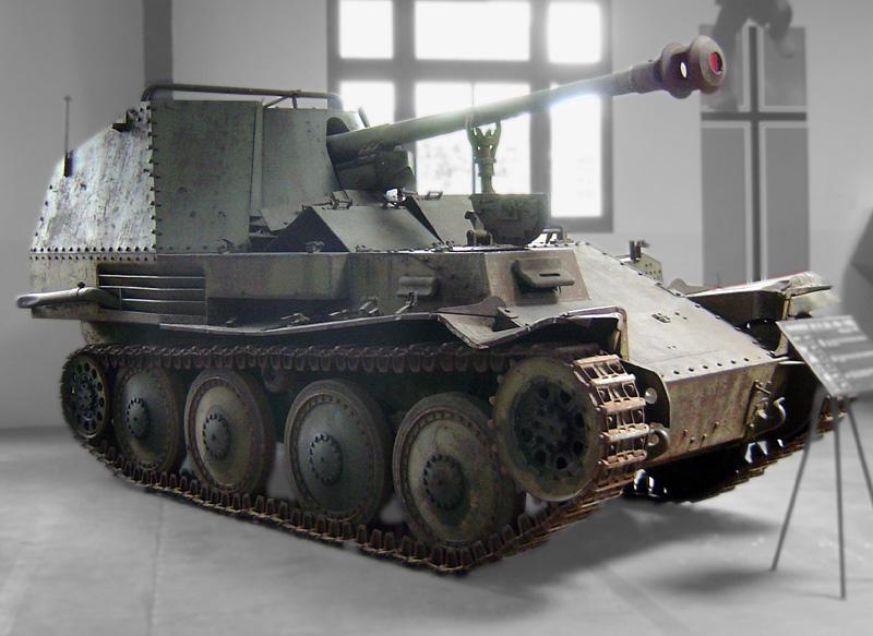 سلسة مدافع Marder النازية تاريخ طويل للنهاية Marder-III-Saumur.0004wc3g