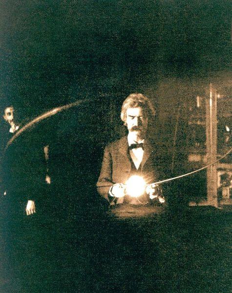 File:Mark Twain in the lab of Nikola Tesla; 1894.jpg