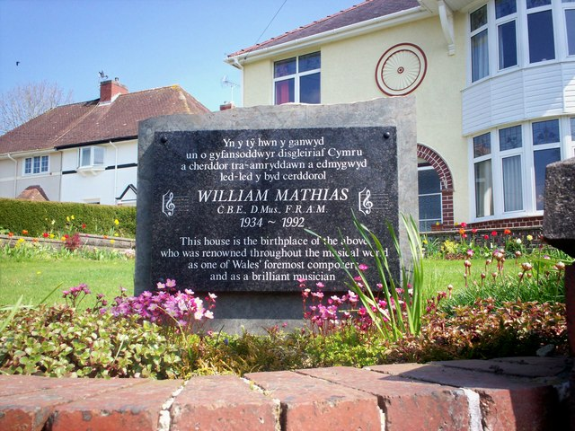 File:Memorial to William Mathias, North Road, Whitland - geograph.org.uk - 1263807.jpg