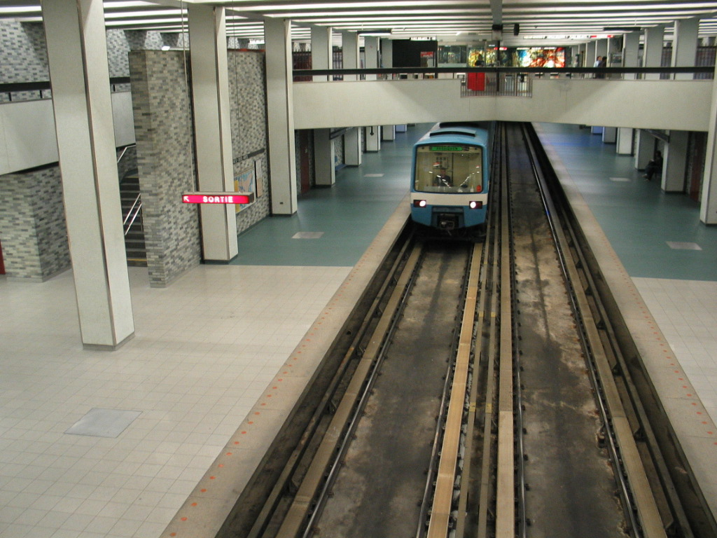 green line montreal metro wikipedia. Black Bedroom Furniture Sets. Home Design Ideas
