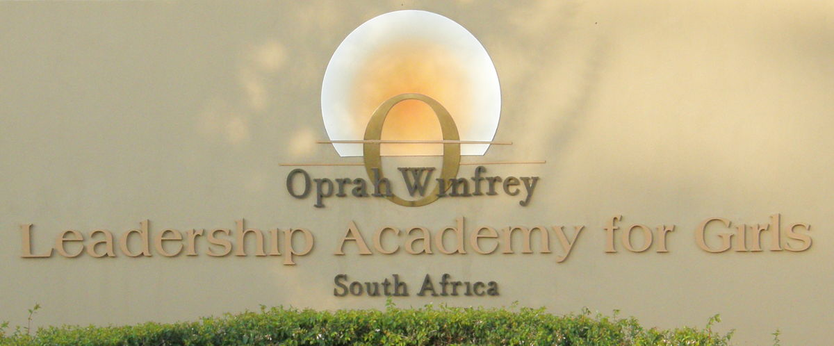 oprah winfrey essay Essays on oprah winfrey we have found 409 essays oprah and palin in speaking oprah winfrey based on oprah winfrey's commencement address at duke's it is d that she faces her audience with confidence, maintaining steady eye contact.