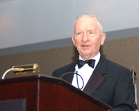 Perot speaking in 2006 Perot.jpg