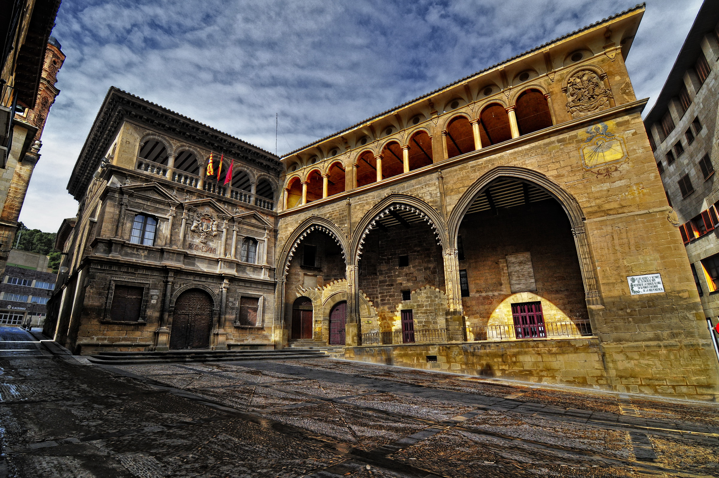 Lonja de Alcañiz - Wikipedia, la enciclopedia libre