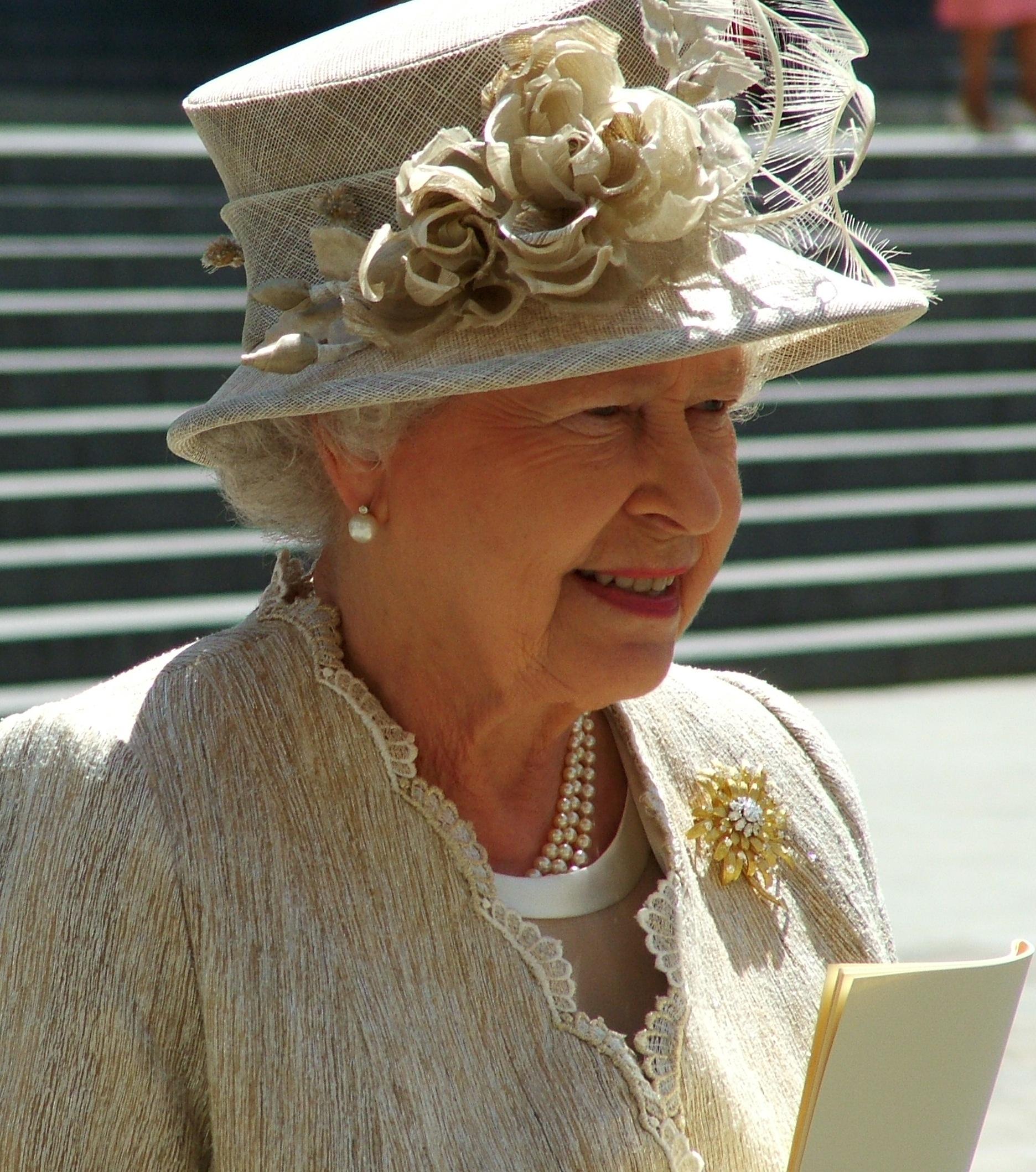 rainha isabel ii do reino unidojpg wikimedia commons