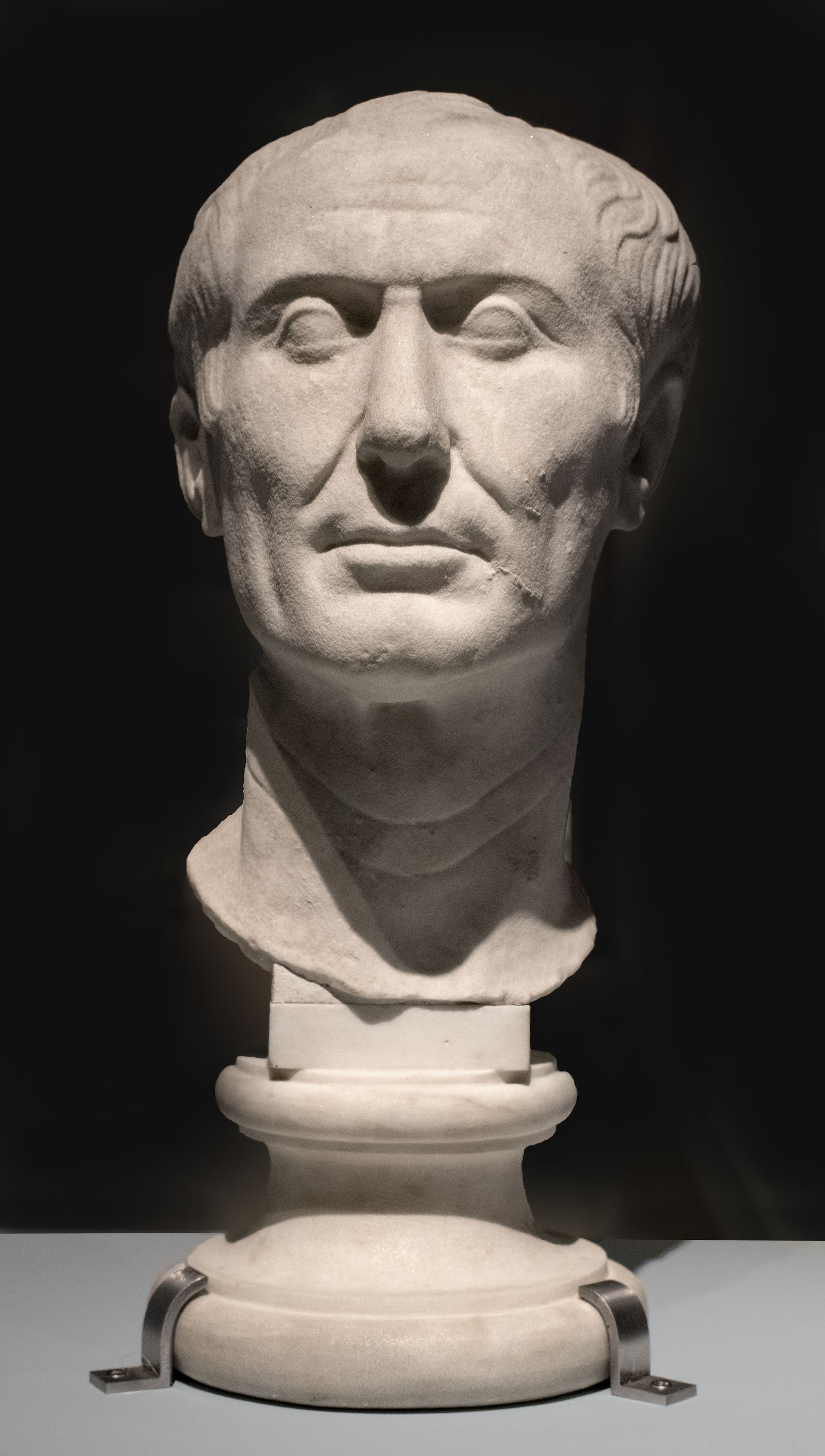 The [[Tusculum portrait]], possibly the only surviving sculpture of Caesar made during his lifetime. Archaeological Museum, [[Turin]], [[Italy]]