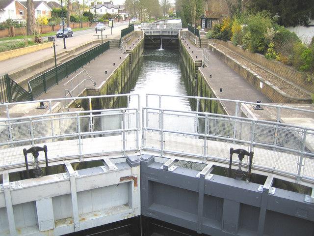 River Thames, Boulter's Lock, Maidenhead - geograph.org.uk - 158614