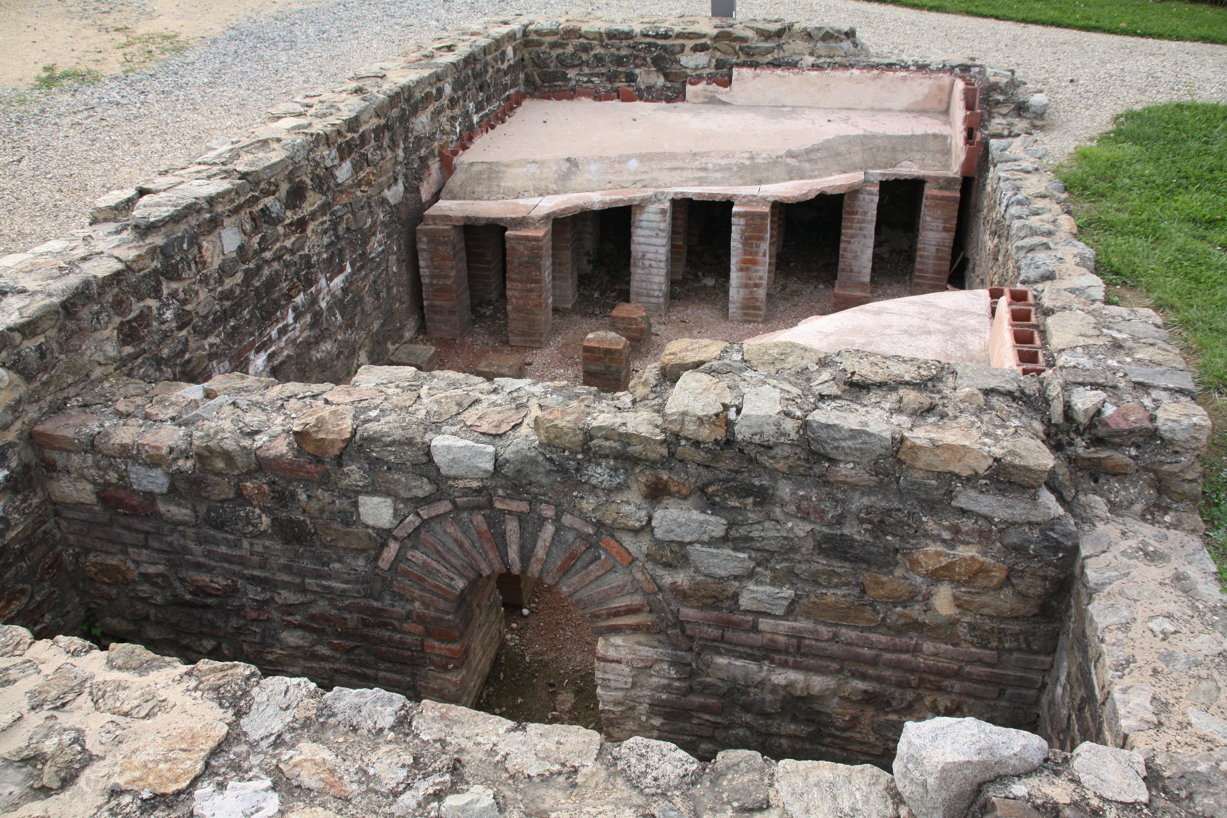 File site arch ologique de saint romain en gal 017 jpg - Piscine st romain en gal ...