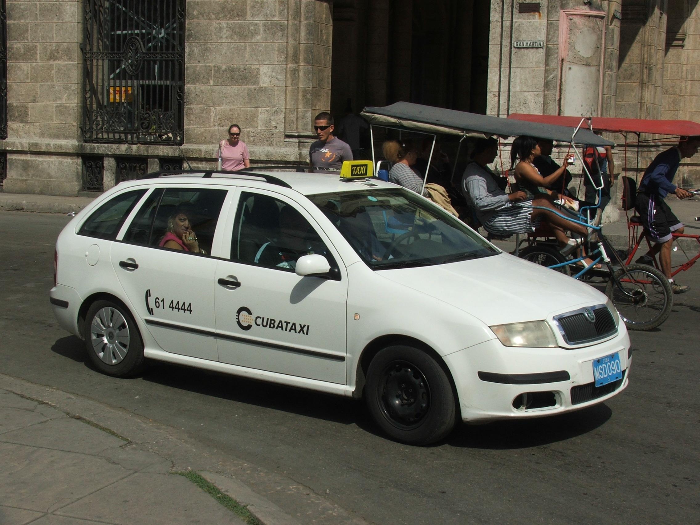 File Taxi Skoda Fabia Cuba 4747 Jpg Wikimedia Commons