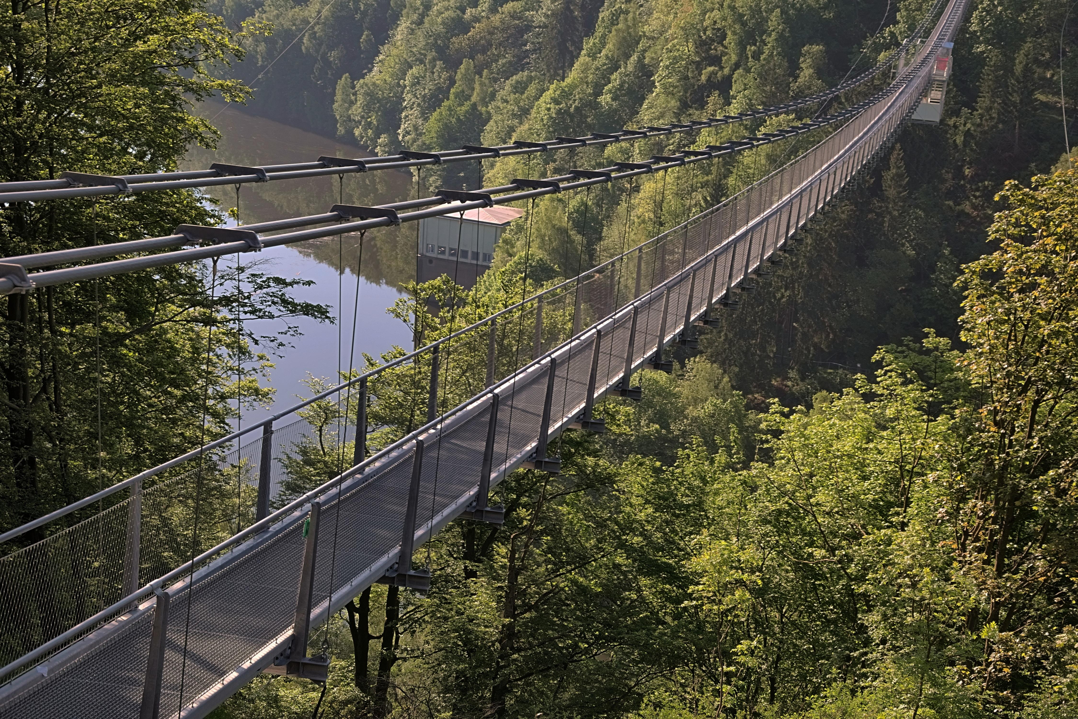 FileTitan RT longest pedestrian suspension bridge 20.jpg ...
