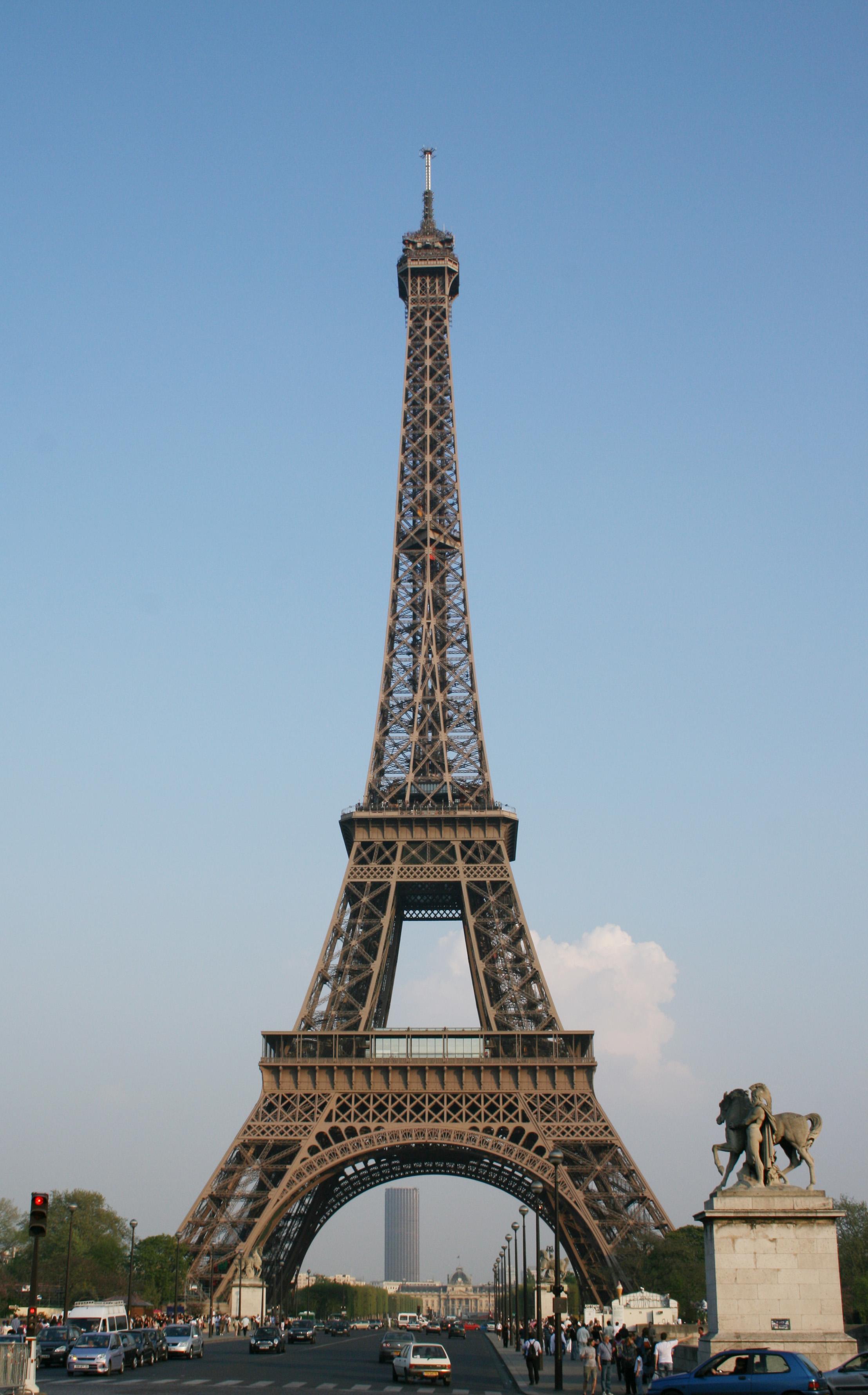 Fichier tour eiffel 1 jpg wikip dia for A l interieur de la tour eiffel