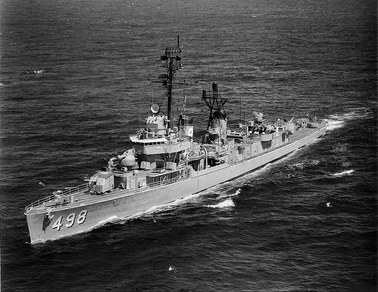 USS Philip (DD-498) underway in the Pacific Ocean, 9 July 1968.