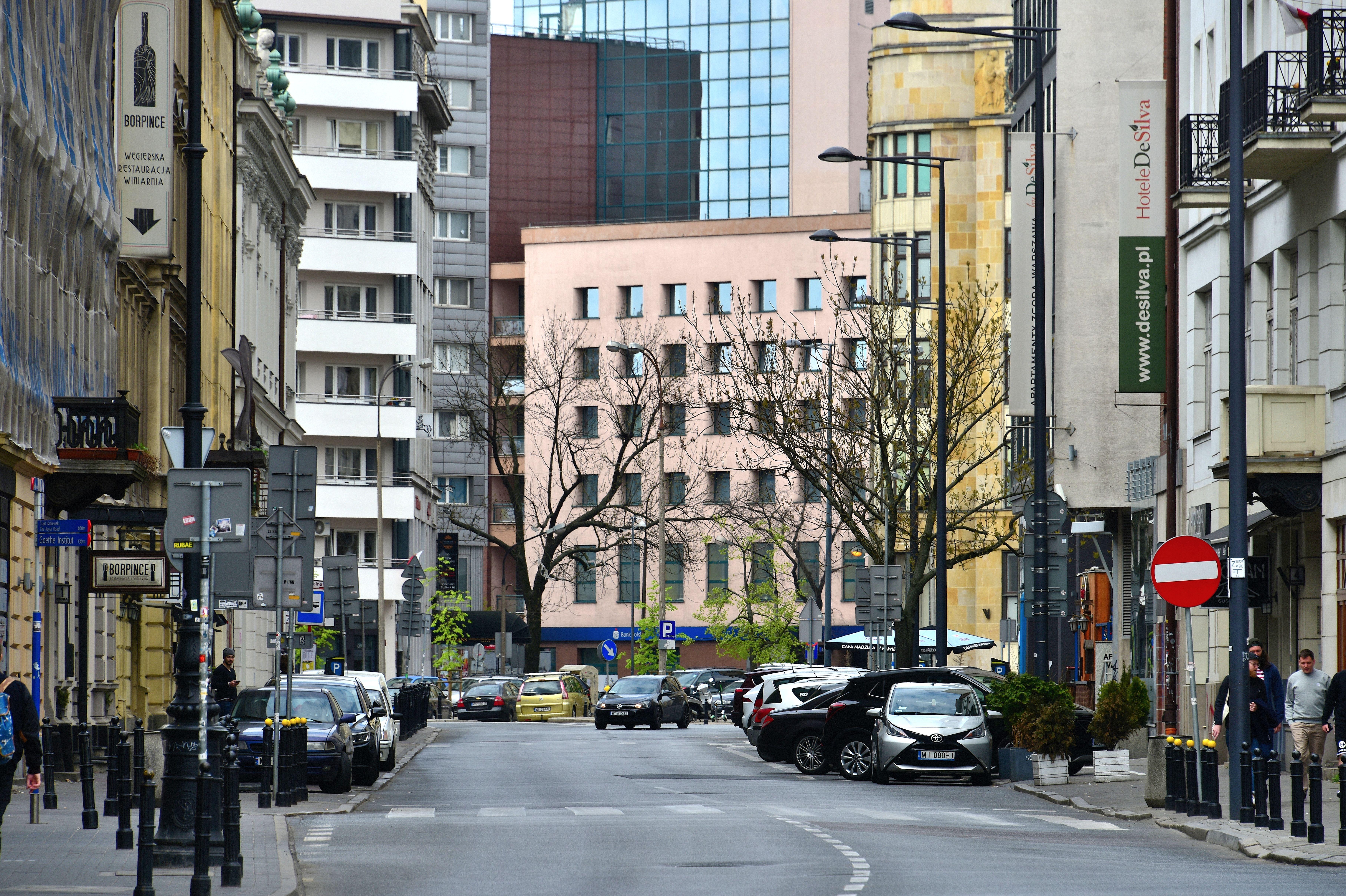 Ulica Zgoda w Warszawie 2019.jpg