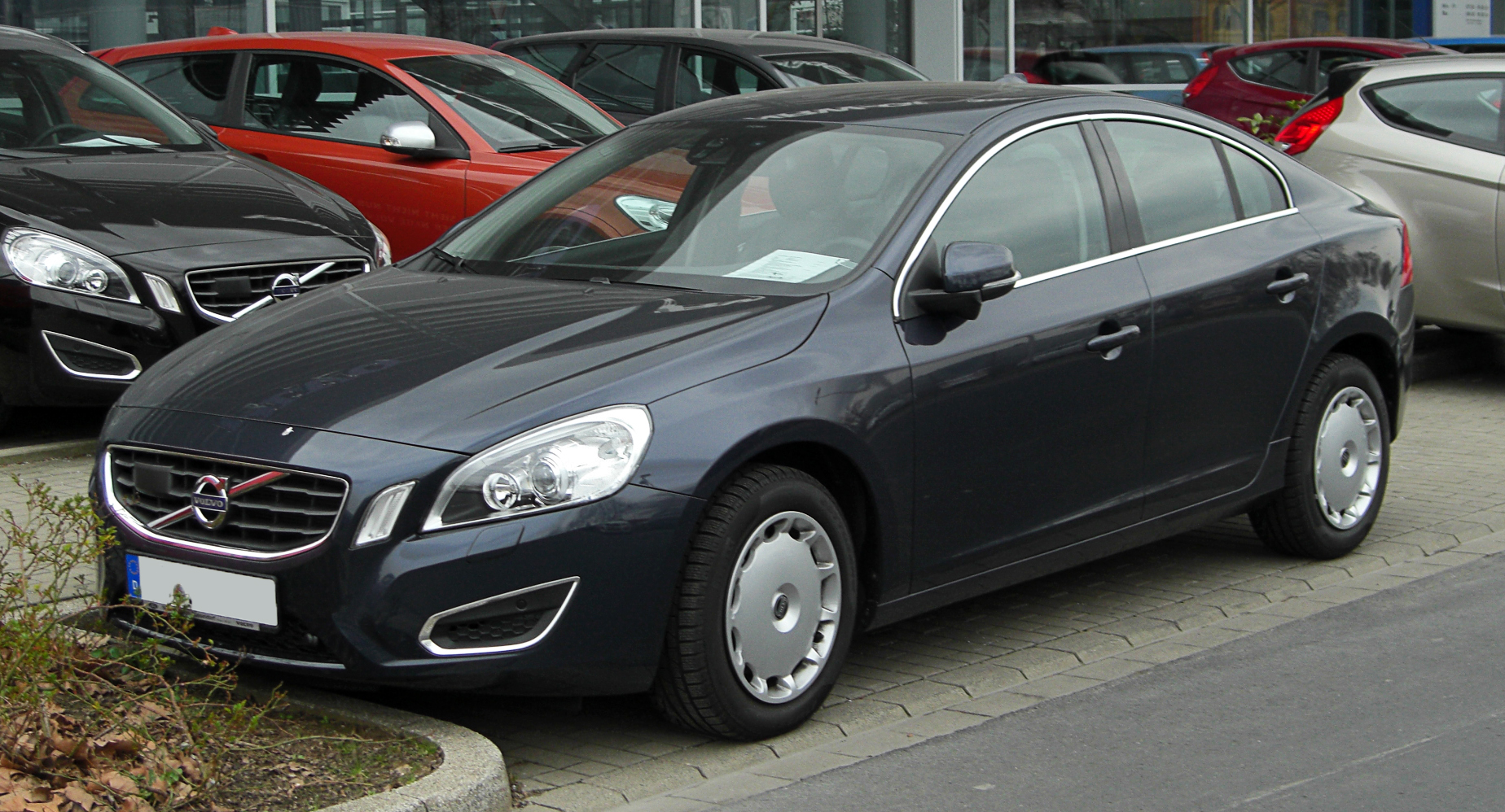 file volvo s60 d3 summum ii frontansicht 26 m rz 2011 d wikimedia commons. Black Bedroom Furniture Sets. Home Design Ideas