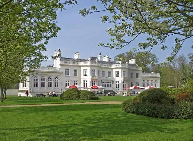 Whitewebbs House, Enfield - geograph.org.uk - 1260603