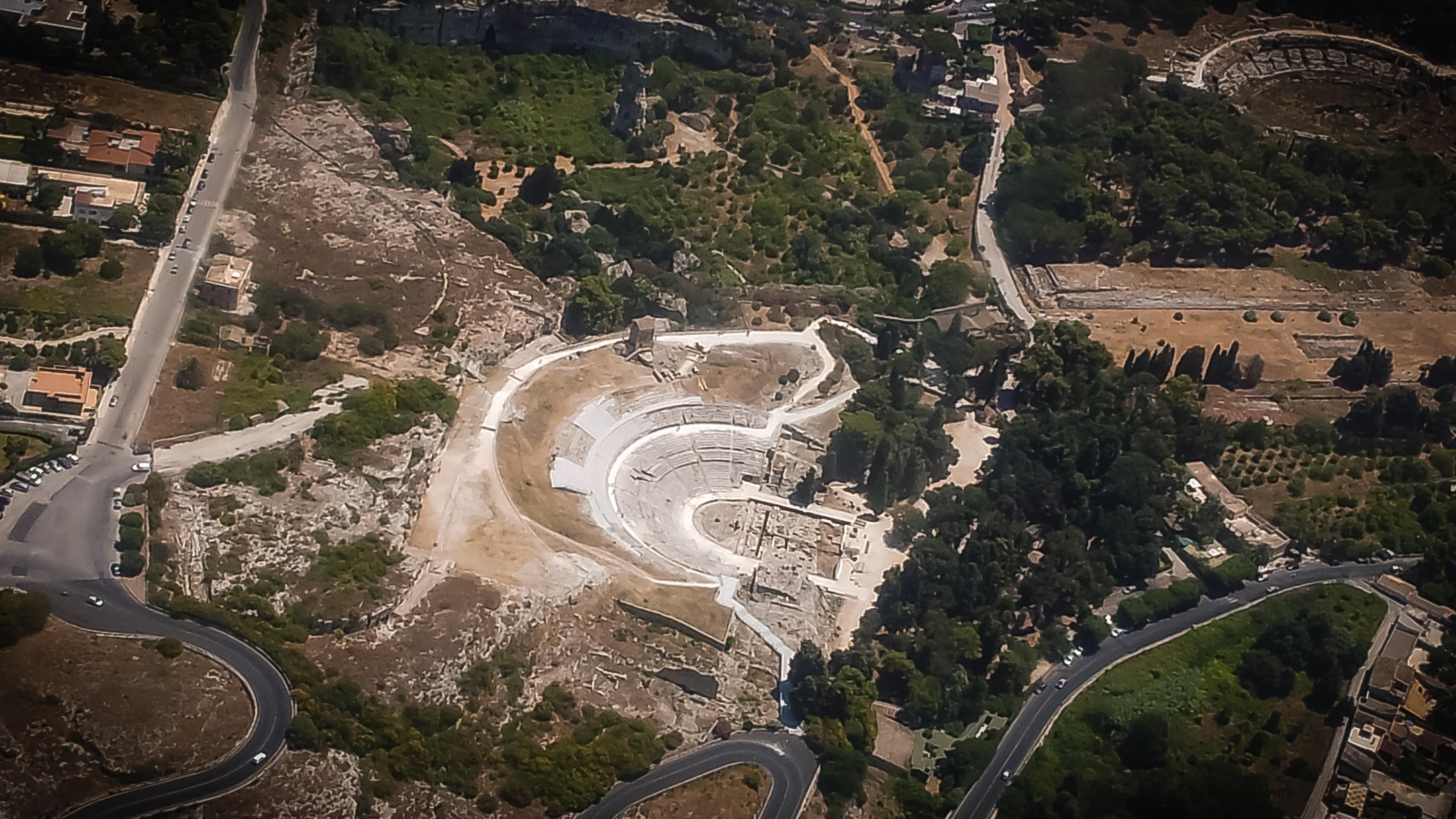 El parque arqueológico de la Neápolis visto desde las alturas