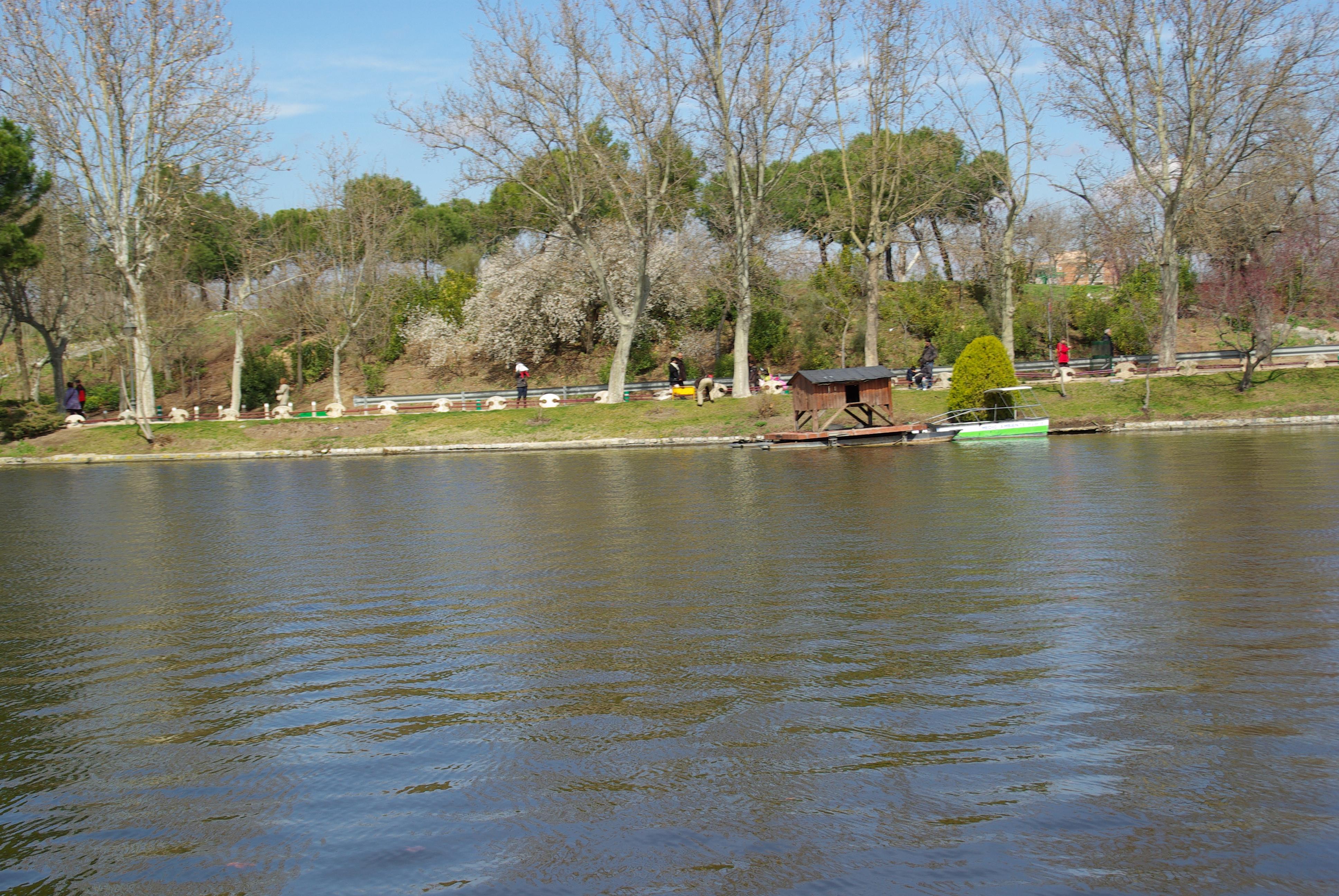 File:® S.D. (ES,EN) MADRID LAGO DE LA CASA DE CAMPO - panoramio.jpg ...