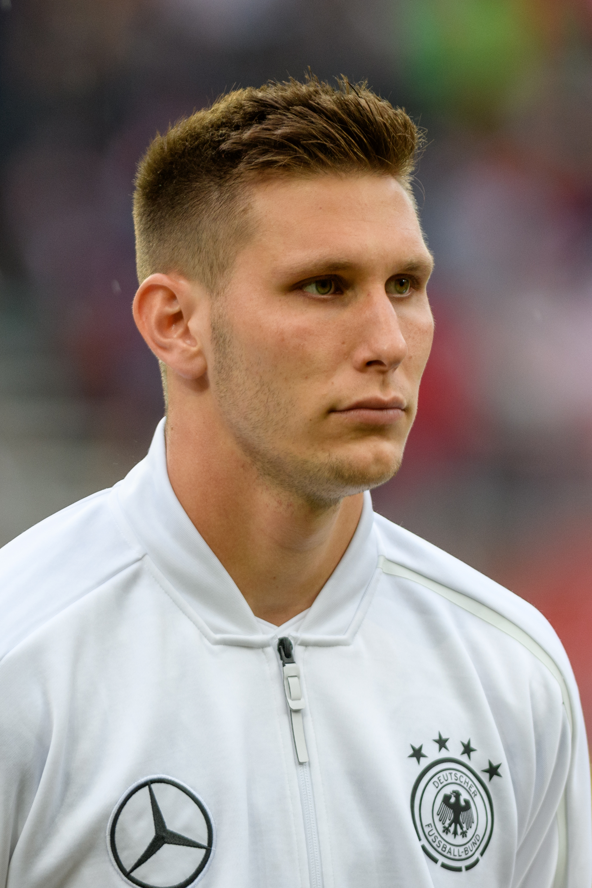 The 23-year old son of father Georg Süle and mother(?) Niklas Süle in 2018 photo. Niklas Süle earned a -1 million dollar salary - leaving the net worth at  million in 2018