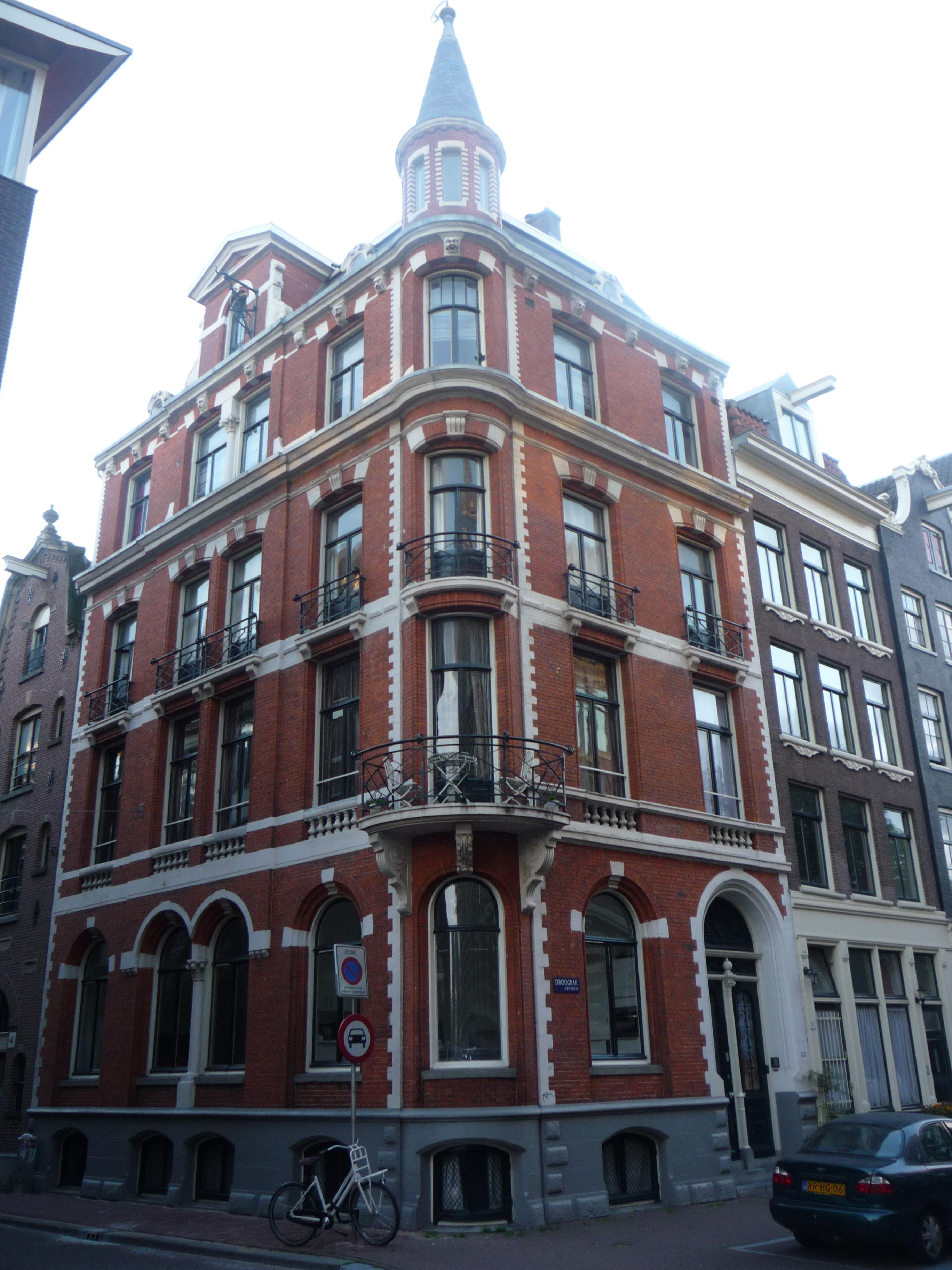 Stijl Van Amsterdam.Woonhuis In Een Neo Hollandse Renaissance Stijl In Amsterdam